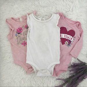 🌼🧸 3 Girl Bodysuits 🧸🌼